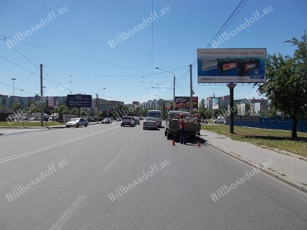 Комарова б-р 20В / Добровольского  (позиция 3 По ходу движения)