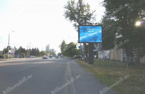 Текучева ул. 298/96 (через дорогу) — бассейн Волна