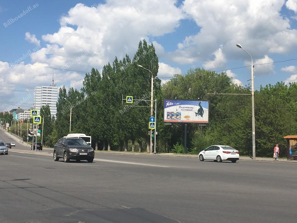 Космонавтов пр-кт / Евдокимова ул.